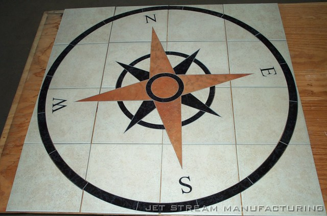 Compass Floor Tile : Tile compass rose aligned